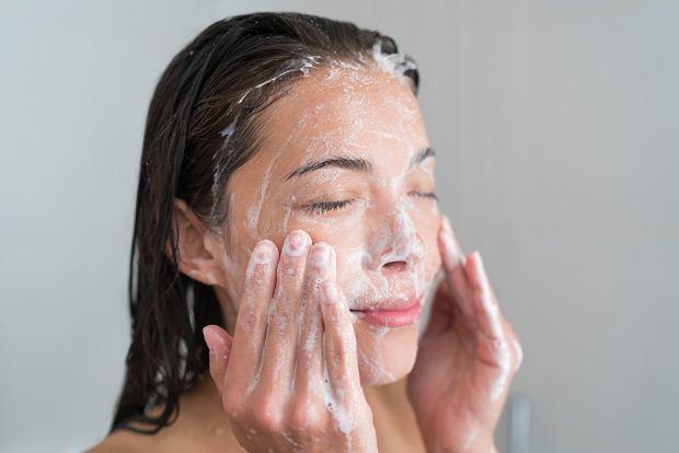 Oczyszczanie twarzy - skóra wrażliwa