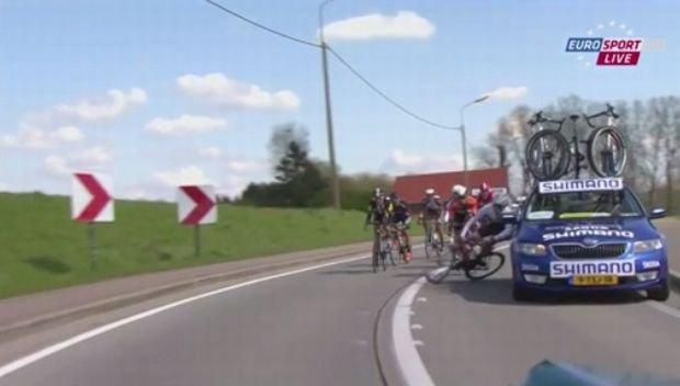 Wypadek Jesse'go Sergenta podczas Wyścigu Dookoła Flandrii