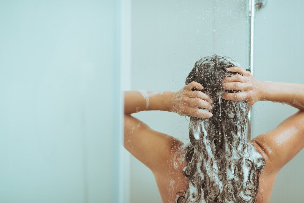 Kiedy najlepiej jest brać prysznic?