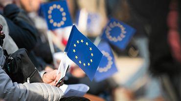 Flaga UE - zdjęcie ilustracyjne