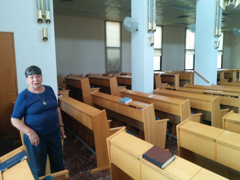 Polscy Żydzi zakładali w Palestynie kibuce. Ci z Będzina - Tirat Cwi. Powstała w nim synagoga, która według legendy miała nawiązywać bryłą do tej będzińskiej. Na zdjęciu - Israela Caspi, córka architekta synagogi i jedna z bohaterek