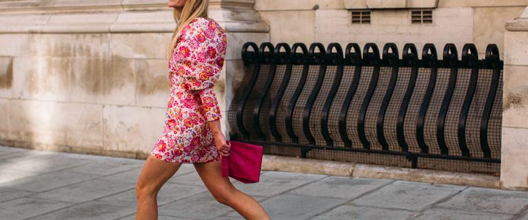 Wyprzedaż romantycznych sukienek na lato. Są zjawiskowe, bardzo kobiece i niedrogie!