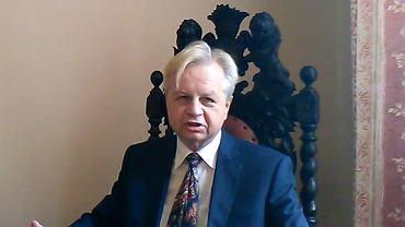 Prof. Korab-Karpowicz podczas 'orędzia'