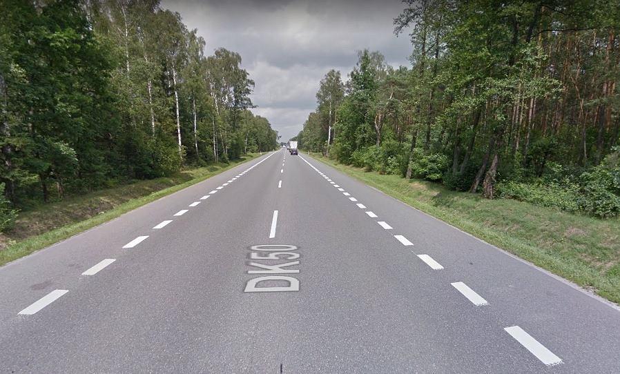 Do wypadku doszło w miejscowości Zamienie przy drodze krajowej nr 50
