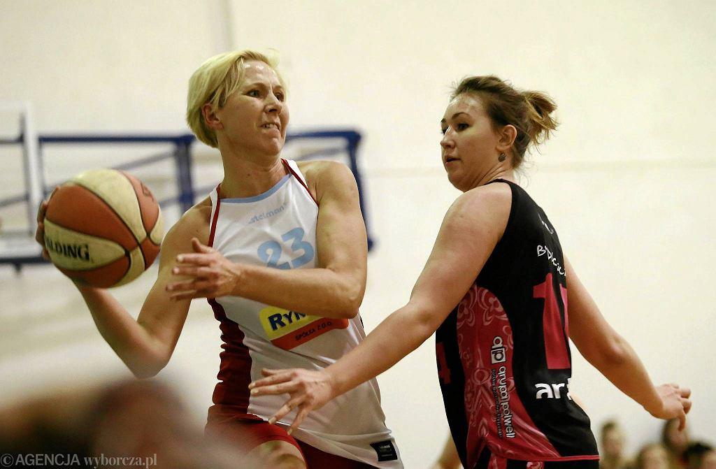 Koszykówka, I liga. Mon-Pol Płock - Baton Basket 25 Bydgoszcz 73:64