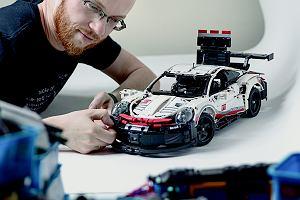 """Czym zajmuje się influencer Lego? Wywiad z Pawłem """"Sarielem"""" Kmieciem"""