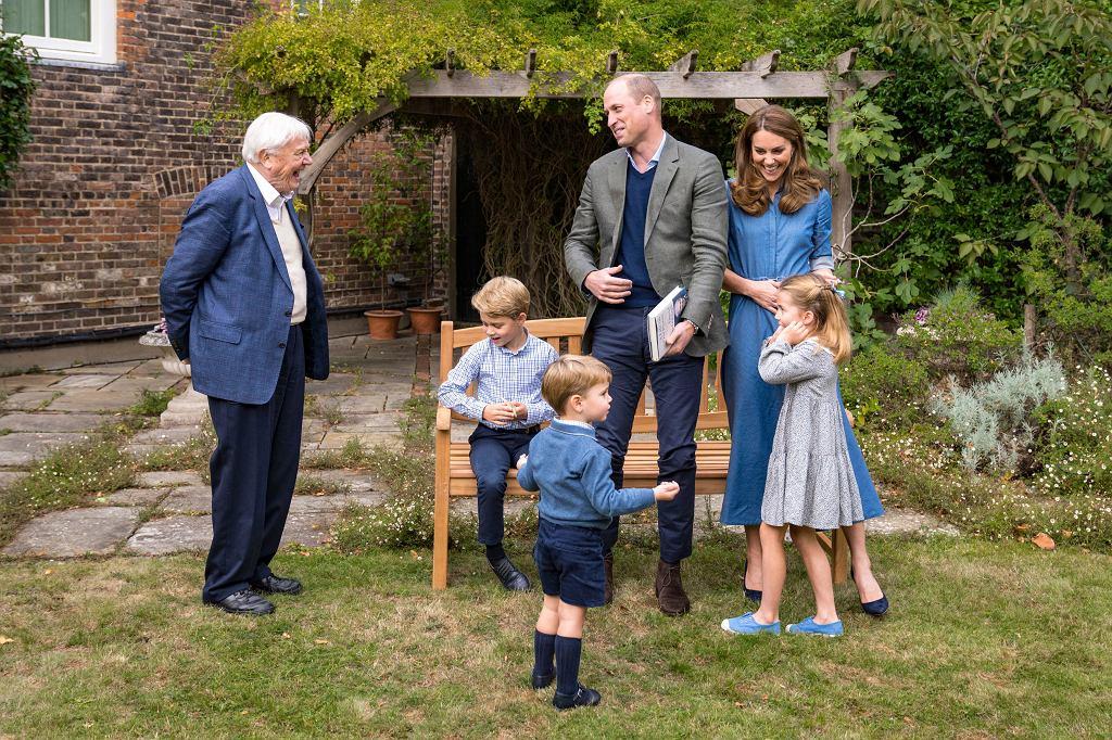 Brytyjska rodzina królewska z sir Davidem Attenborough