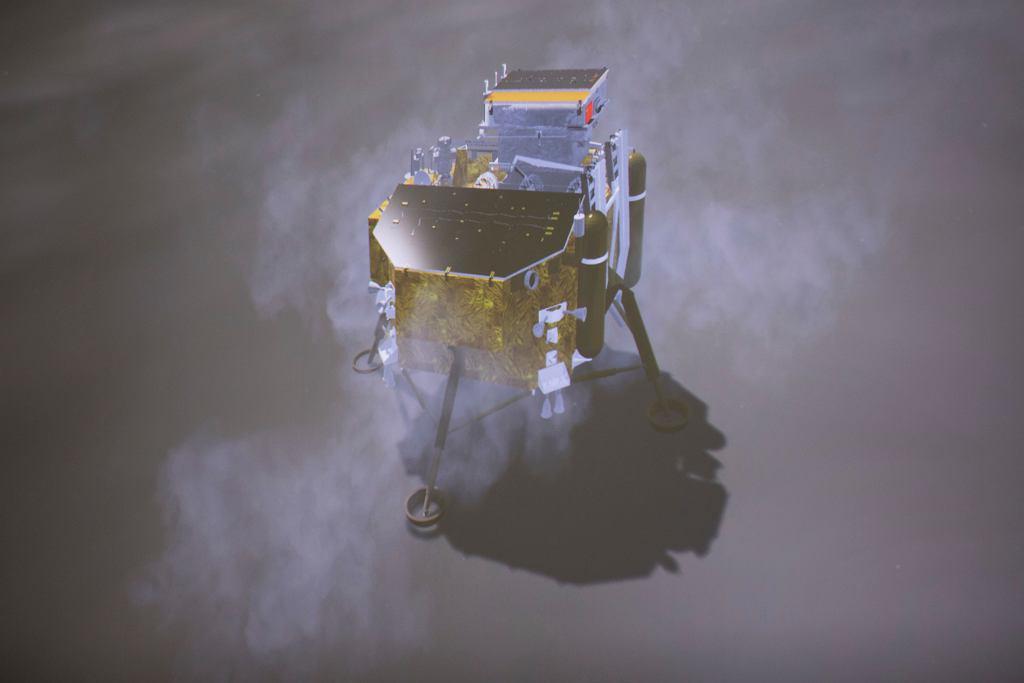 Chińska sonda na niewidocznej z Ziemi półkuli Księżyca