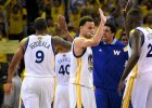 Finał NBA. 44 punkty LeBrona Jamesa, dogrywka dla Warriors