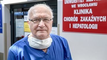 Professeur Krzysztof Simon