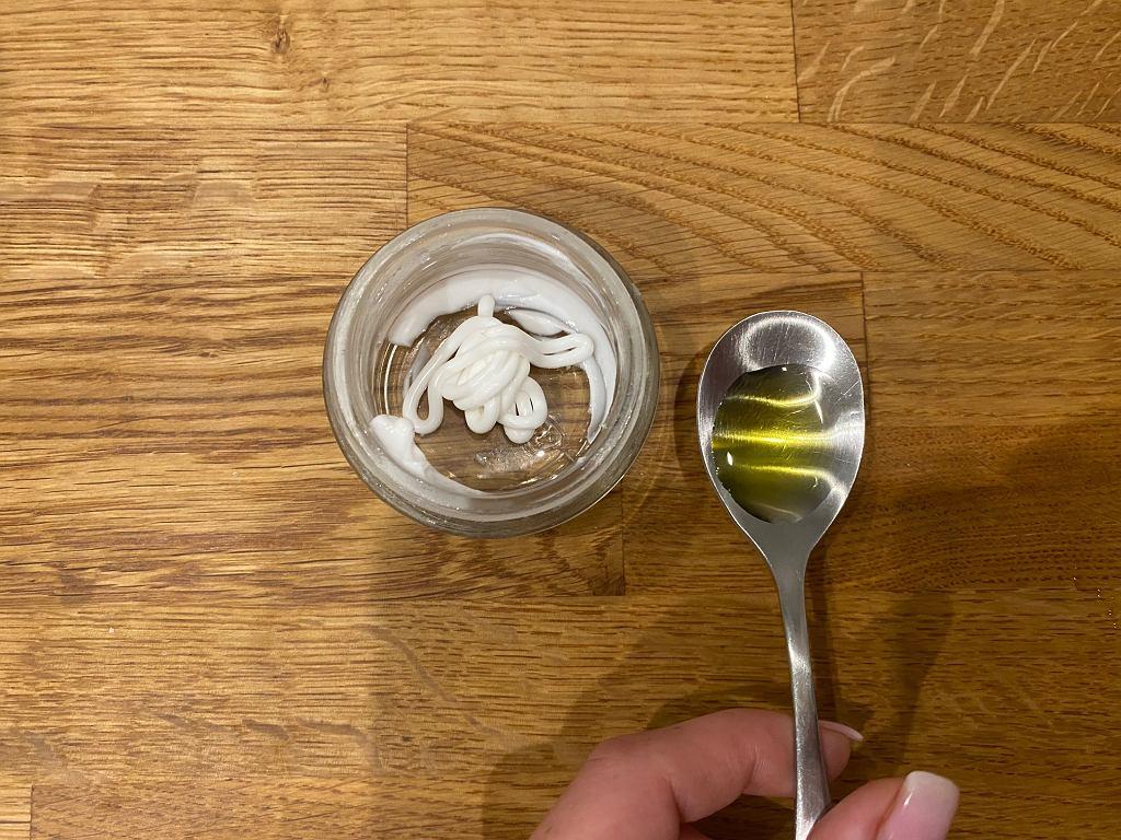 Krem z oliwą z oliwek