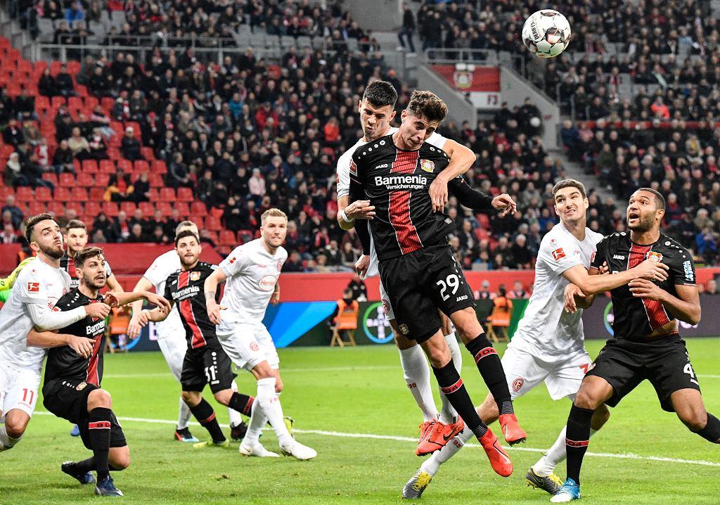 Bundesliga. Cały mecz Kamińskiego, 15 minut Kownackiego. Fortuna przegrała z Bayerem