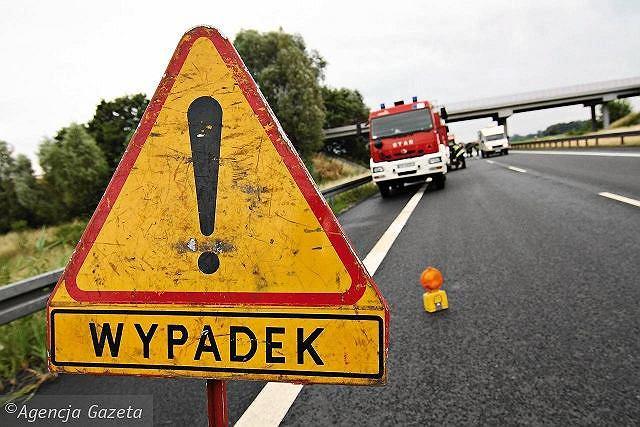 Jarosław. 11-latek wszedł na obwodnicę, wprost pod koła dostawczego volkswagena. Chłopiec nie żyje (zdjęcie ilustracyjne)