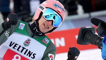 Turniej Czterech Skoczni w Innsbrucku. Siedmiu Polaków zakwalifikowało się do konkursu! Kolejny świetny skok Kubackiego [ZAPIS RELACJI]