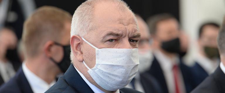 Jacek Sasin trafił do szpitala w Warszawie. Ma COVID-19