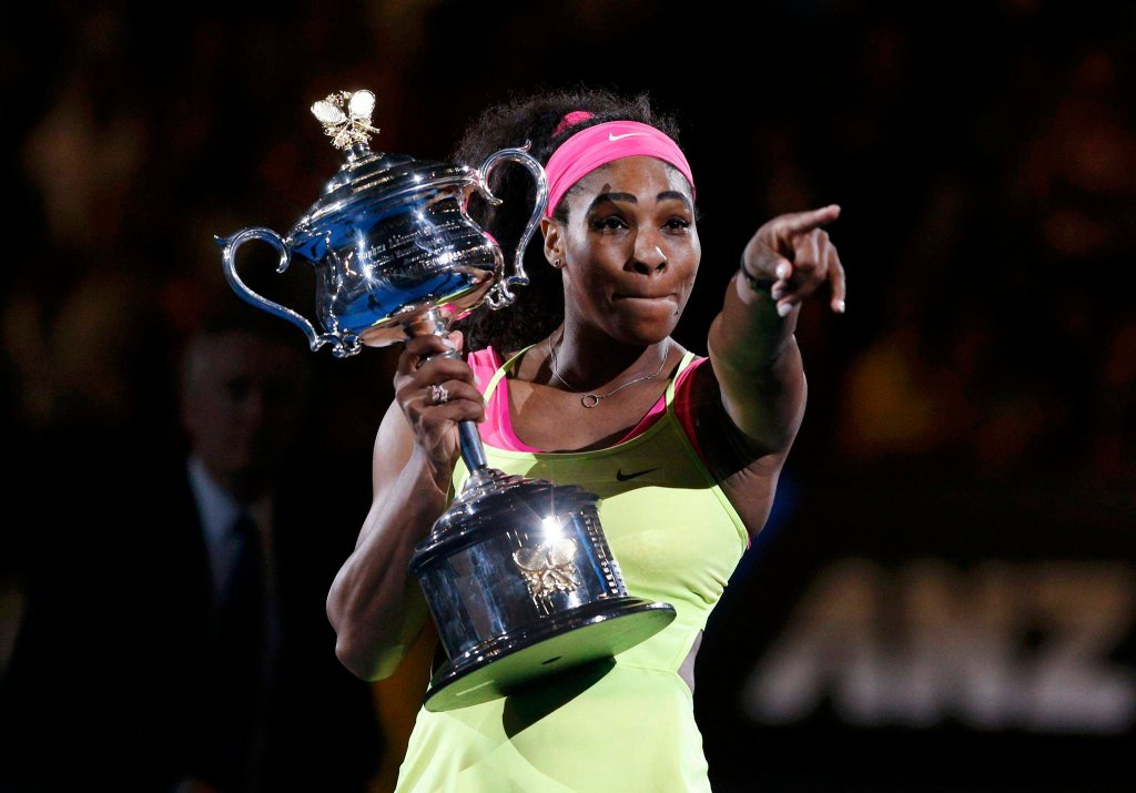 Serena Williams z trofeum