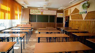 Strajk nauczycieli. Czy trzeba będzie odrobić wolne dni? Czy rok szkolny się wydłuży?