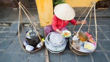 Wietnam, ulice miasta Hoi An.
