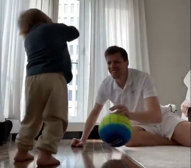 Wojciech Szczęsny trenuje z synem
