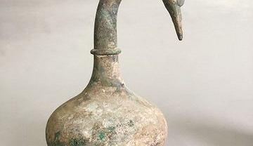 Chiny. W grobie znaleziono naczynie sprzed 2 tys. lat. W jego wnętrzu znajduje się tajemnicza ciecz