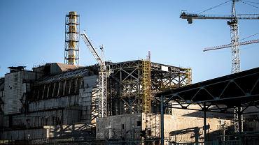 Strefa Wykluczenia wokół Czarnobylskiej elektrowni jądrowe. Uszkodzony w 1986 roku reaktor jądrowy, otoczony sarkofagiem.
