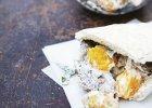 chleb pita z kremowymi klopsami - Zdjęcia
