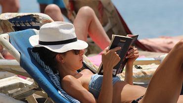 Książki na lato - zdjęcie ilustracyjne