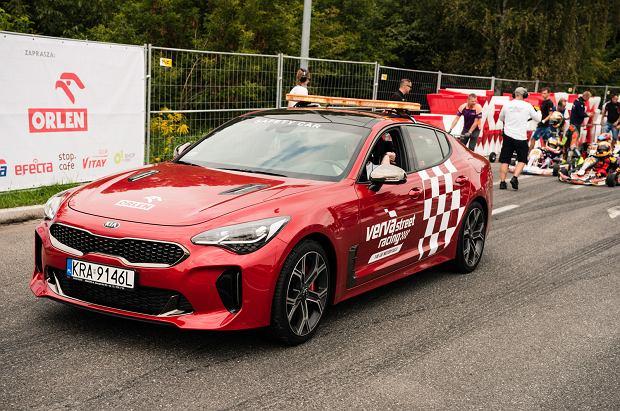 Kia Stinger - Verva Street Racing