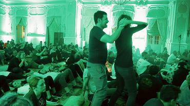 Białystok. Pałac Branickich. Koncert Alessandro Cortini (Włoch) i Richard Devine (USA) na finał Up To Date Festival