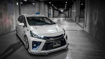 Toyota Prius+ po tuningu Rowena