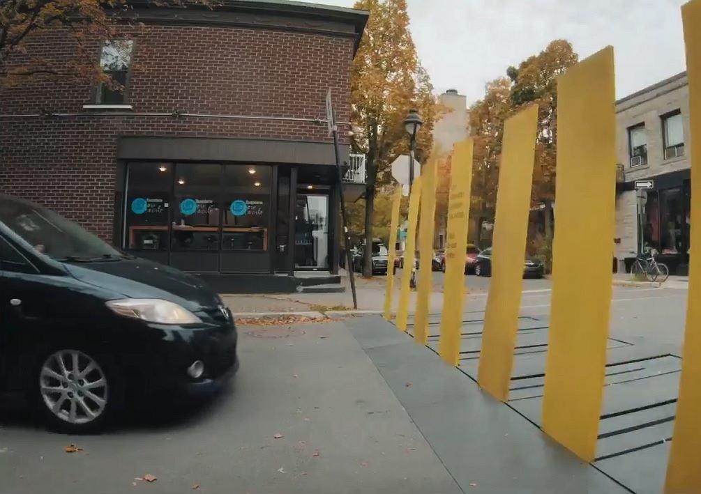 Przejście dla pieszych z Kanady robi furorę w Internecie