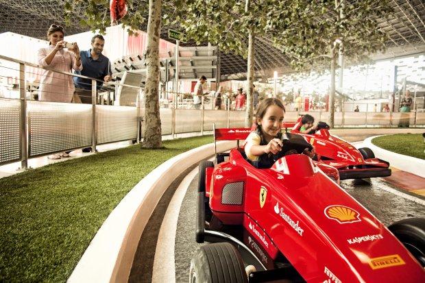 Ferrari World w Abu Zabi