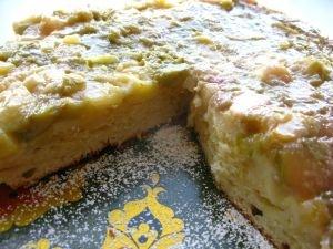 Przepis na ciasto rabarbarowo-jabłkowe odwrócone