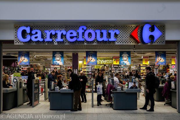 Zakaz handlu w niedzielę. Które ze sklepów będą otwarte dłużej w piątki i soboty?