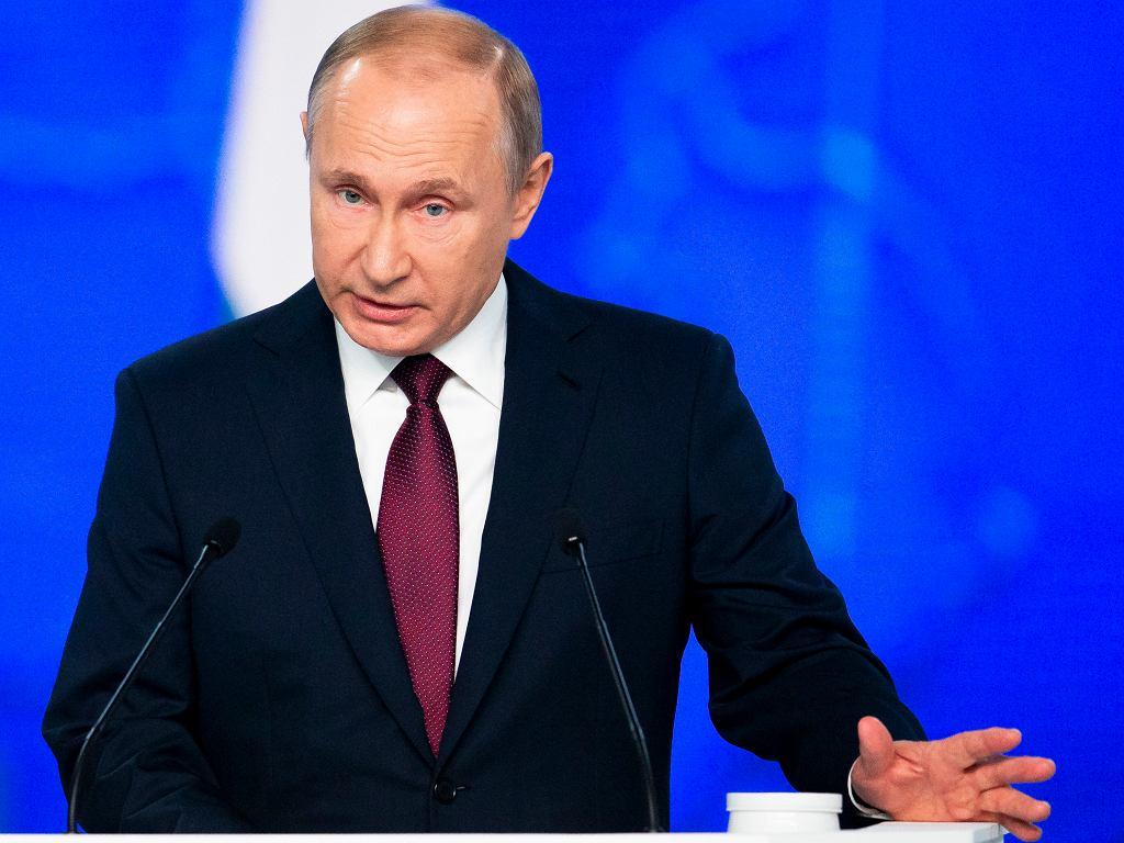 Rosyjski prezydent Władimir Putin ostrzega przed rozmieszczeniem przez USA pocisków w Europie