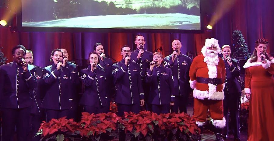Życzenia świąteczne od ambasady USA. Posłuchajcie, jak amerykańscy żołnierze śpiewają