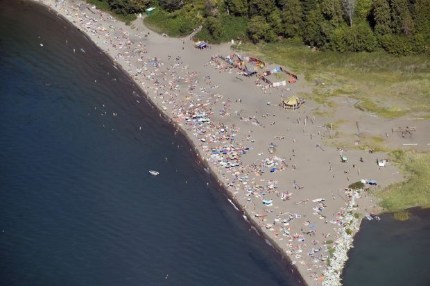 Plaża Wraków (Wreck Beach), Vancouver, Kanada / fot. Shutterstock