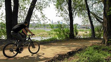 Ścieżka pieszo-rowerowa nad Wisłą