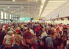 Koronawirus w Europie: jechać za granicę, czy zostać w domu? Rozmawiamy z ekspertem