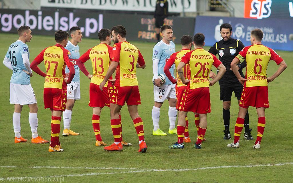Jagiellonia Białystok gra z Piastem Gliwice. 27 lutego 2021, Białystok