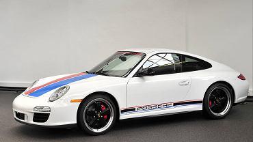 Porsche 911 GTS B59