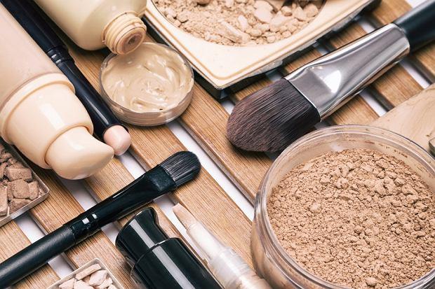 TOP 5: najlepsze kosmetyki do makijażu, za które zapłacisz nie więcej niż  20 zł | Moda i Trendy