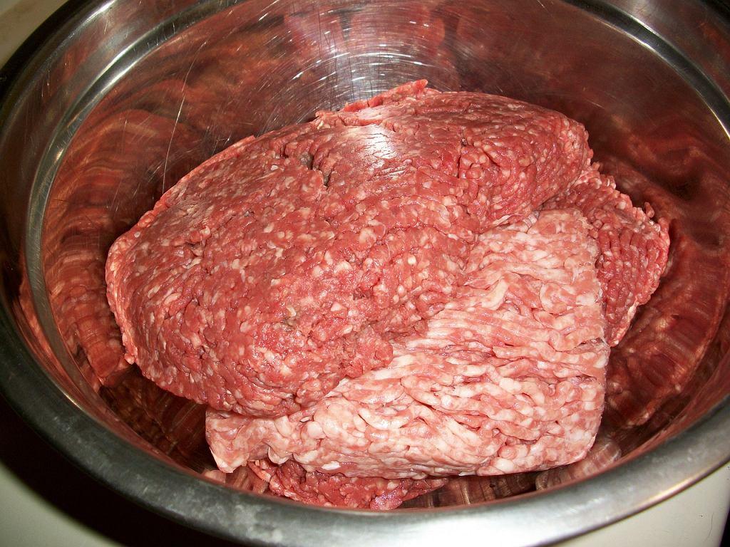 Kiedy jest świeże, mięso ma jasny, żywy kolor, który jednak z czasem nieco się zmienia