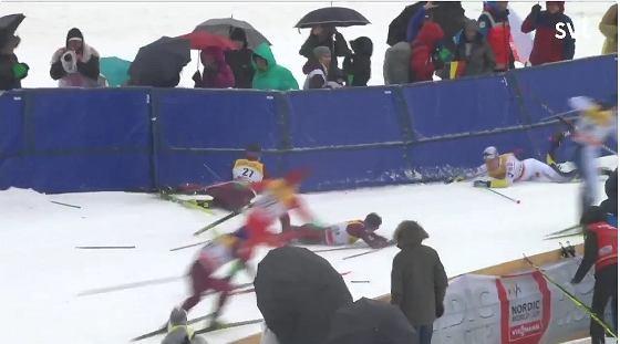 Bieg ze startu wspólnego na 15 km techniką dowolną w niemieckim Oberstdorfie
