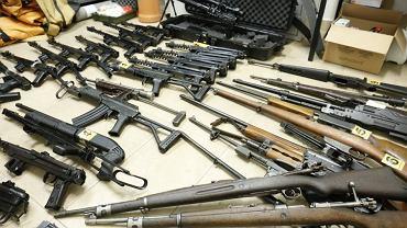 Lubelscy policjanci zlikwidowali prawdziwy arsenał broni i amunicji