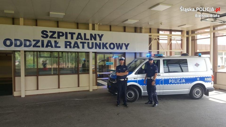 Policjanci pilotowali w Bielsku-Białej samochód z rodzącą kobietą