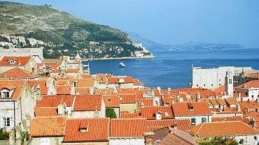 Chorwacja: Polacy mogą wjeżdżać bez testów i kwarantanny. Na zdjęciu miasto Dubrownik