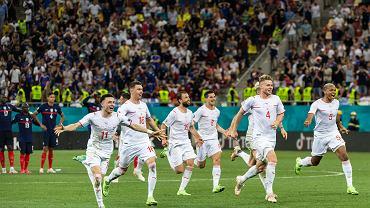 Szwajcarzy cieszą się z awansu do ćwierćfinału Euro 2020