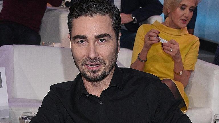 Jan Kliment w szpitalu przeszedł operację strun głosowych