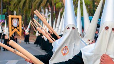 Tradycyjna wielkanocna procesja w Maladze w Hiszpanii